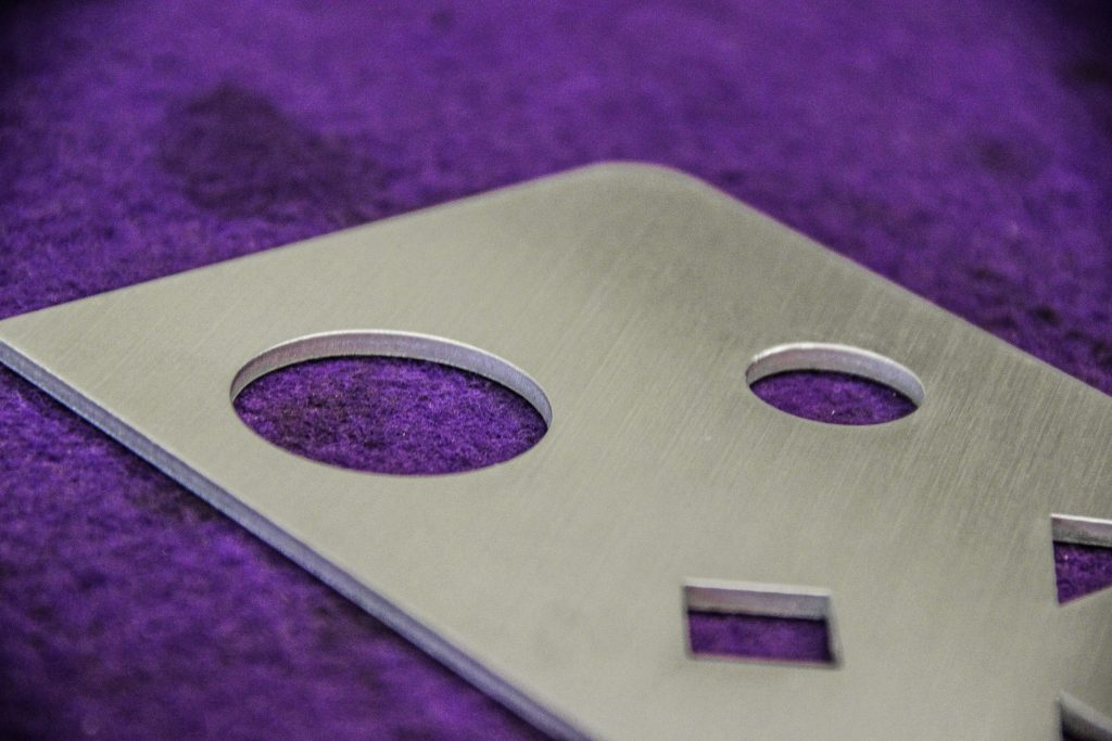 metal deburring machine - Linear Surface Finishing