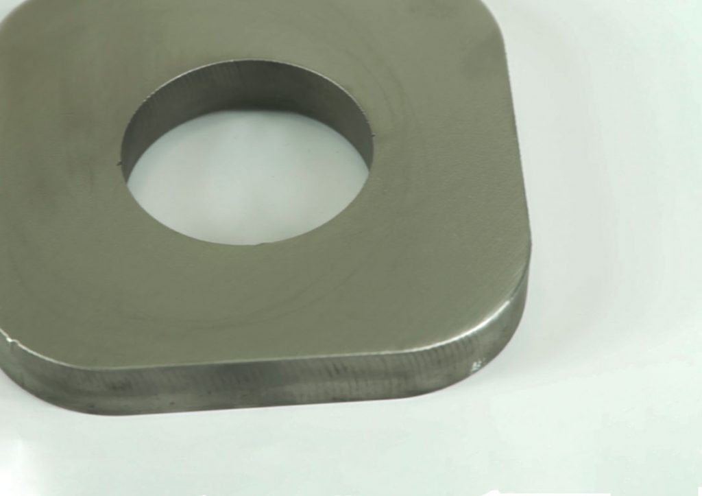 Thick Material metal deburring and Edge Rounding