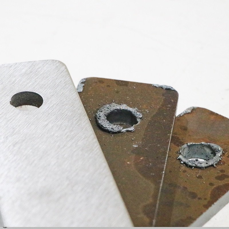 Metal Parts Slag Deburring Process - Before and After